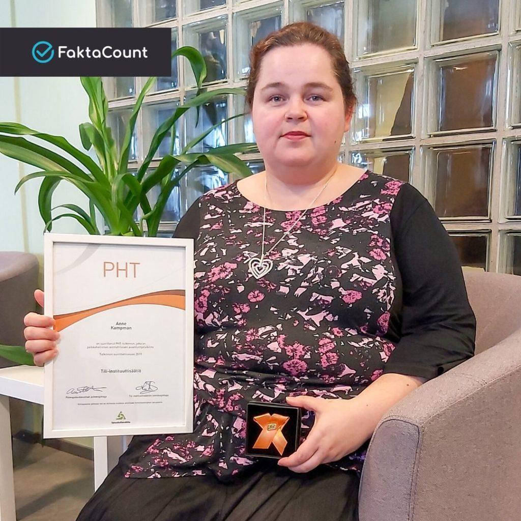 Anne Kampman on suorittanut PHT-tutkinnon. Onnea Anne! 4